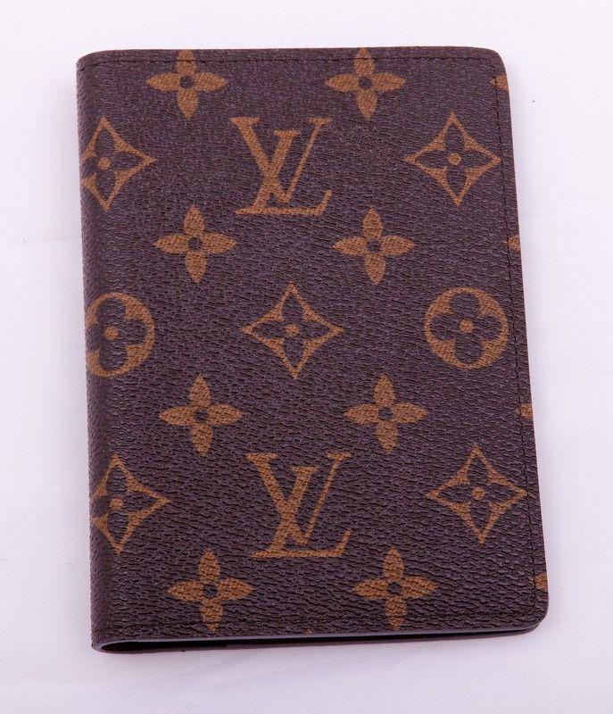 Обожка для паспорта и автодокументов Louis Vuitton в монограму (Monogram). Размер 13.5 х 9.5 см #19318
