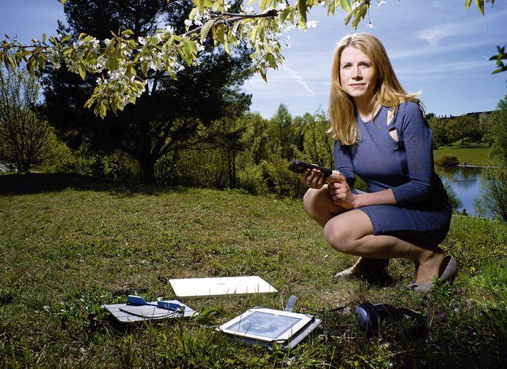 """Les filles à la conquête de la techno. Pour l'aspirante astronaute Christine Corbett, """"la Suisse n'est pas un pays où on ne peut faire carrière"""". © Dominic Büttner/pixsil.com"""
