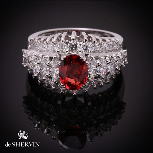 Stones of the finest quality is the ingredients of #deshervin's recipe. D VVS #marquises and #ruby in 18k.#bespoke #savoirfaire #fineJewellery  #bridal #artwork #couture #atelier #uniquejewellery #jewels #diamond #customized #เพชร #highjewellery #highjewelry #luxury #luxurylife #sydney #NY #london #dubai #tokyo #qatar #oman #bahrain #monaco #paris