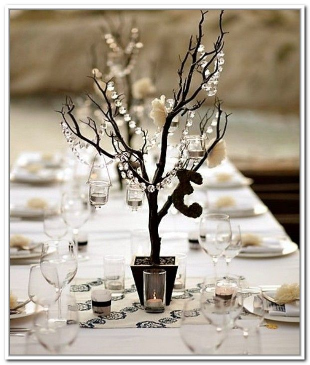 Winter wedding centerpieces ideas winter wedding table for Small table decorations for weddings