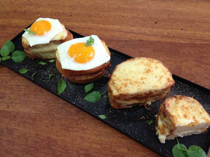You absolutely can not treat Croque madame & monsieur as a simple French toast. Because is something more.. so much more.