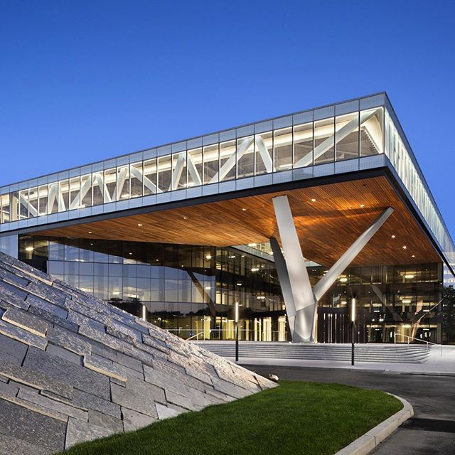 Centra Metropark by Kohn Pedersen Fox in Iselin,USA.(2011 ...