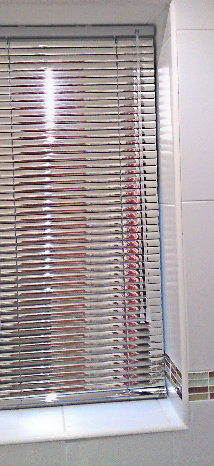 Cheap bathroom blinds uk - 25 Mm Venetian Blind In A Mirrored Finish In A Modern Bathroom Stunning From