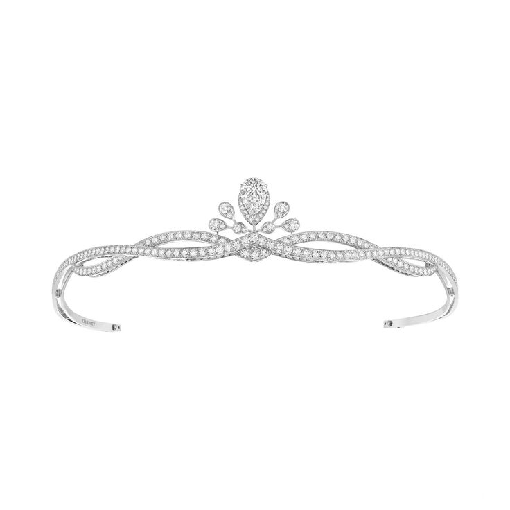 Aigrette Impériale diamond tiara from Chaumet's new Joséphine high jewellery collection (2015)