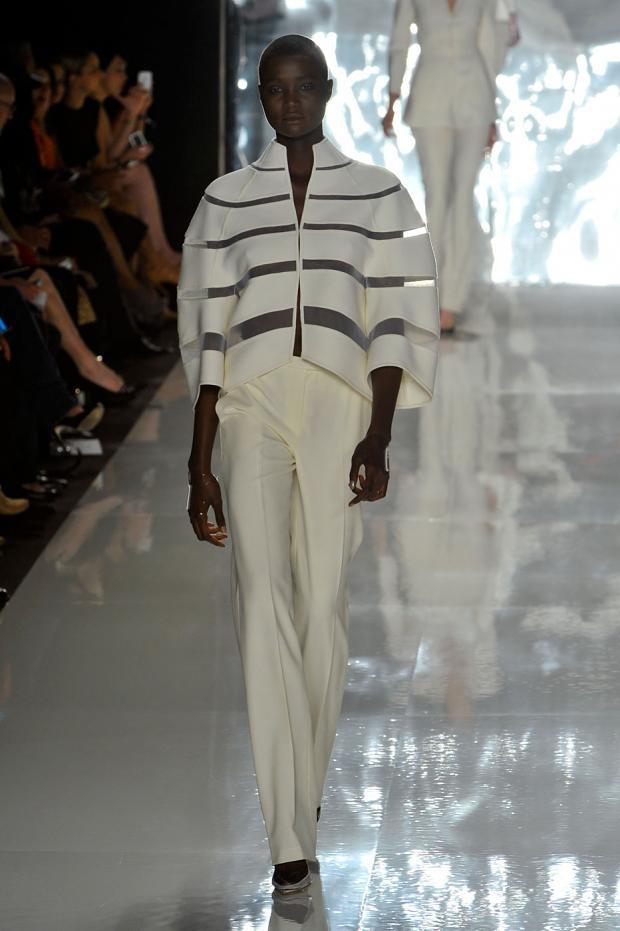 Chado Ralph Rucci S S 39 13 La Mode En Noir Blanc Pinterest