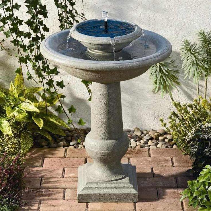 Fontaine solaire de jardin pierre