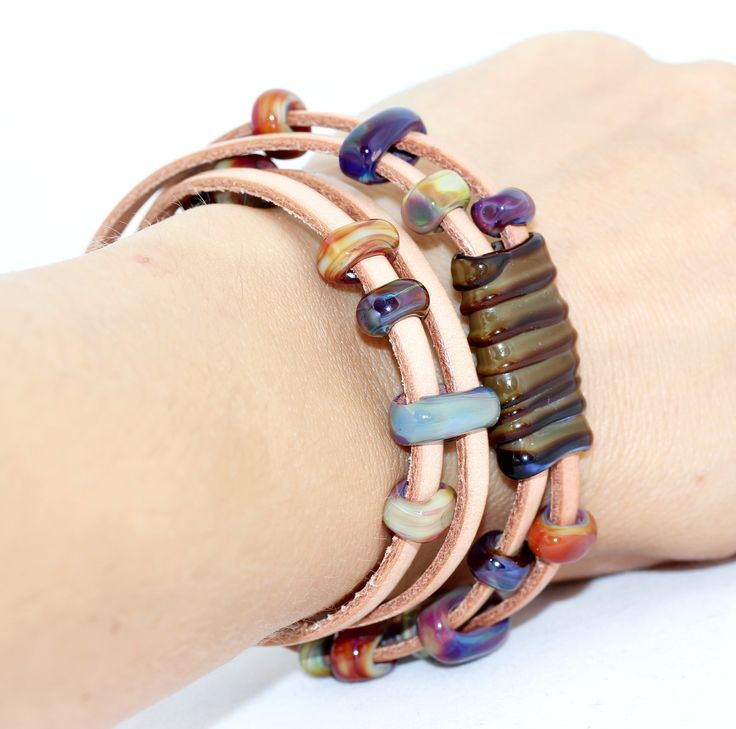 Leather bracelet with flat glass beads