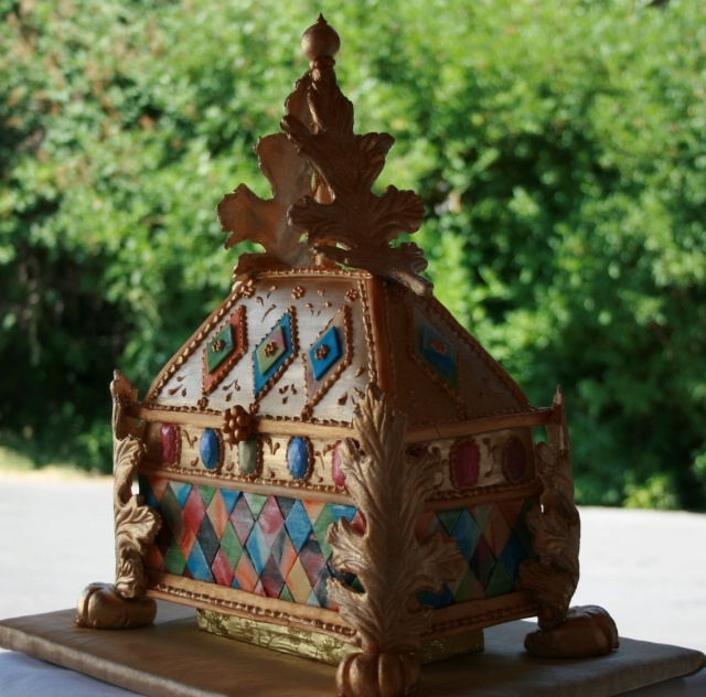 Antique Jewelery Box Cake