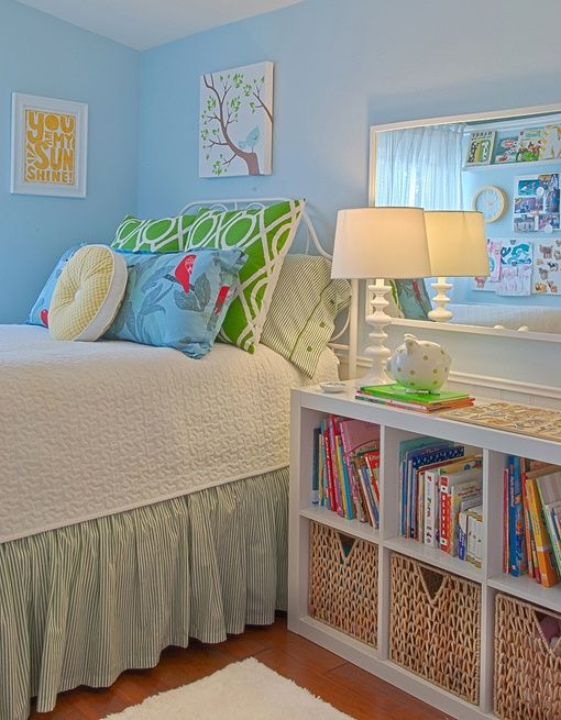 bedside table/storage--all kinds of ideas for small bedroom - this would work in my daughter's room in place of a nightstand