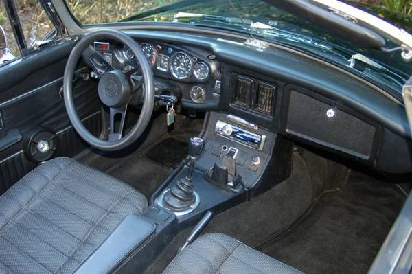 steve lynn 39 s 1973 mgb interior classic black vinyl interior why vinyl jaguar hated that mgb. Black Bedroom Furniture Sets. Home Design Ideas