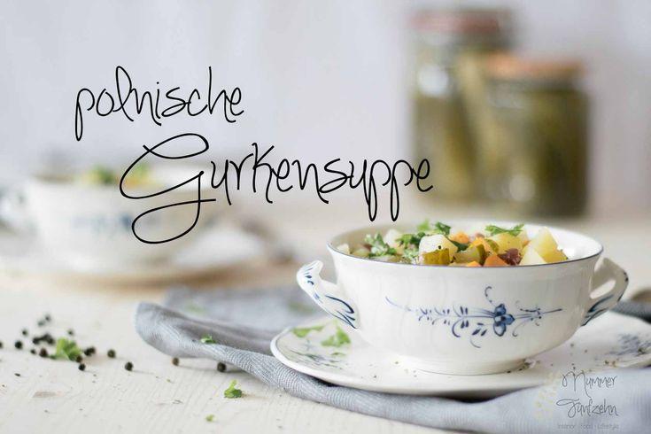 Wenn es draußen kalt und ungemütlich ist, dann ist meine liebste Zeit im Jahr. Dann ist endlich wieder Zeit für polnische Gurkensuppe mit Salzgurken!