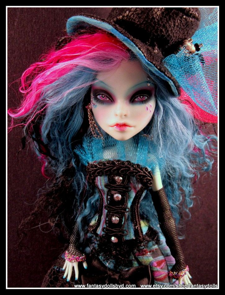 Monster High Doll Scarah Repaint OOAK Custom Doll by Fantasy Dolls. Follow me on Facebook: https://www.facebook.com/pages/Fantasy-Dolls-by-DonnaAnne/837776306265877