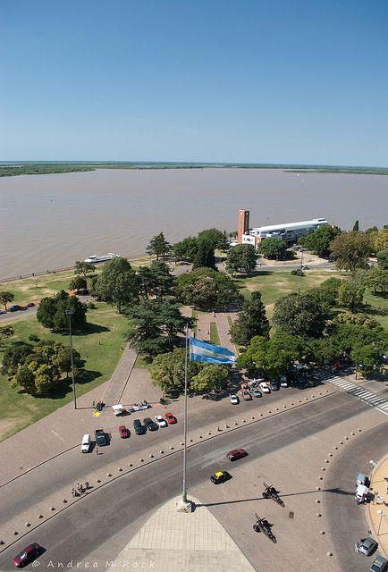 Vista desde el Monumento Nacional a la Bandera. Rosario, provincia de Santa Fe, Argentina