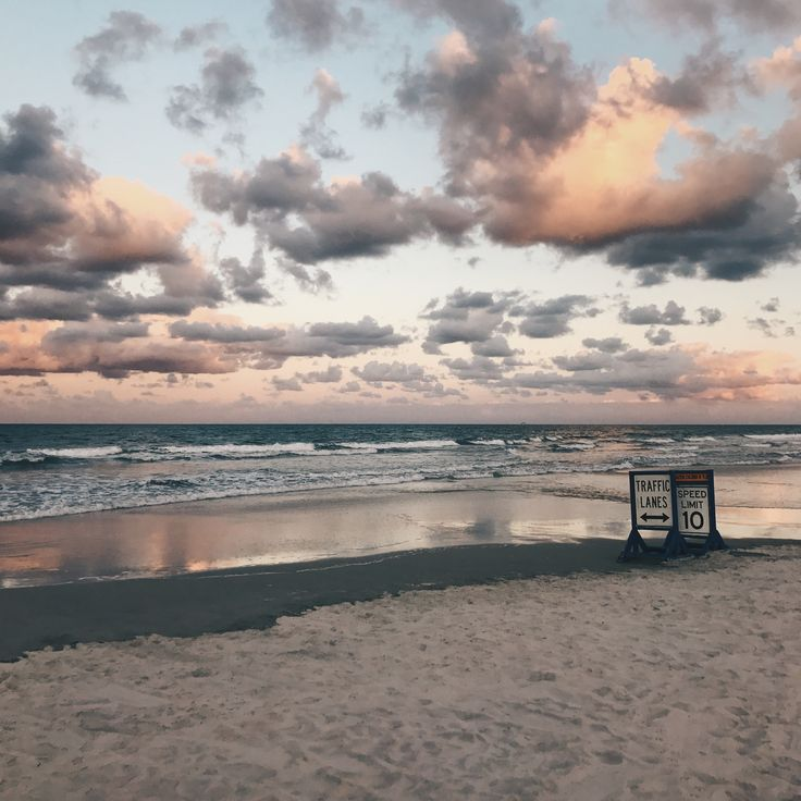 Instagram artsy photography iPhone 7 VSCO cam app inspiration Tumblr friends summer beach spring break poses chill Florida Daytona beach sunset