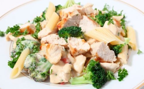 Kip broccoli pasta