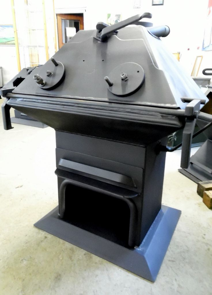 I can see a wide mouthed frog! One of the very individual design details we have done for customers over the years. A 16kw boiler with solid door and raised plinth to accommodate a log store. back in the showroom after 7 years service to be sold on as the customer is moving on.
