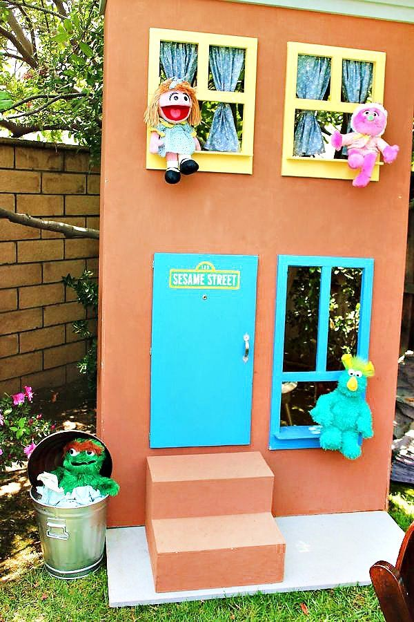 Funky & FUN Sesame Street Birthday Party // Hostess with the Mostess®