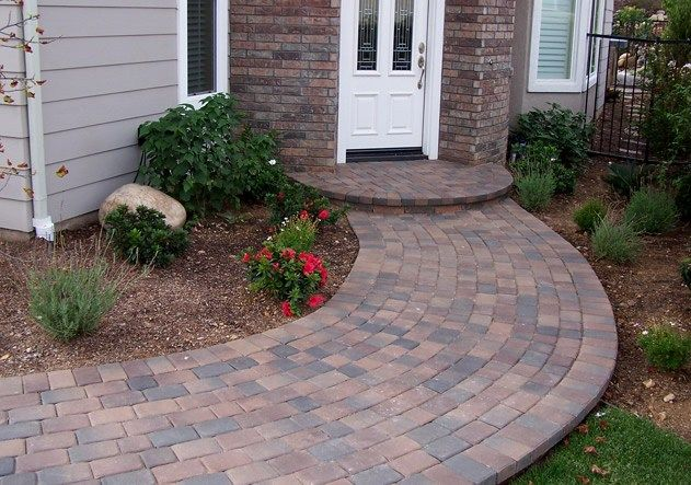 Curved path pavers stoop running bond walkway and path genesis stoneworks moorpark ca - Sidewalk pavers ideas ...