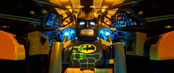 Batman Fly Wallpaper HD - http://wallpaperzone.co/2016/08/13/batman-fly-wallpaper-hd/