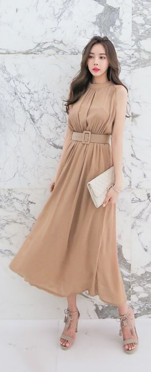 Luxe Asian Women Design Korean Model Fashion Style Dress Luxe Asian Women…