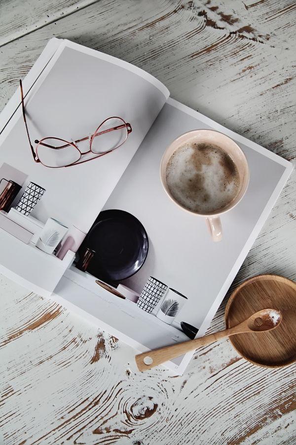 Helt Enkelt coffee and book. #photography