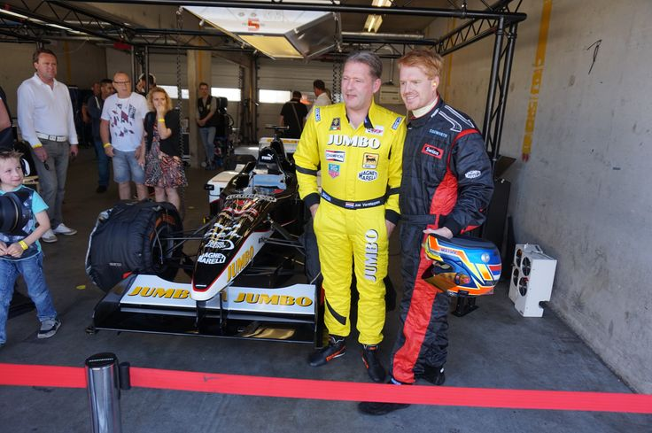 Picture for the media with Jos Verstappen after our run in the Minardi double seater F1 car. #Verstappen #Racedagen #RedBull #Rbr #CircuitZandvoort #Jumbo #F1 #Minardi
