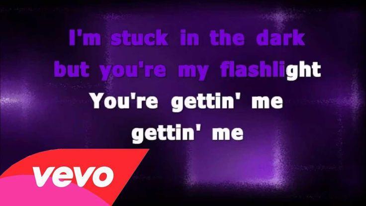 Jessie J - Flashlight (from Pitch Perfect 2) Lyrics + Karaoke