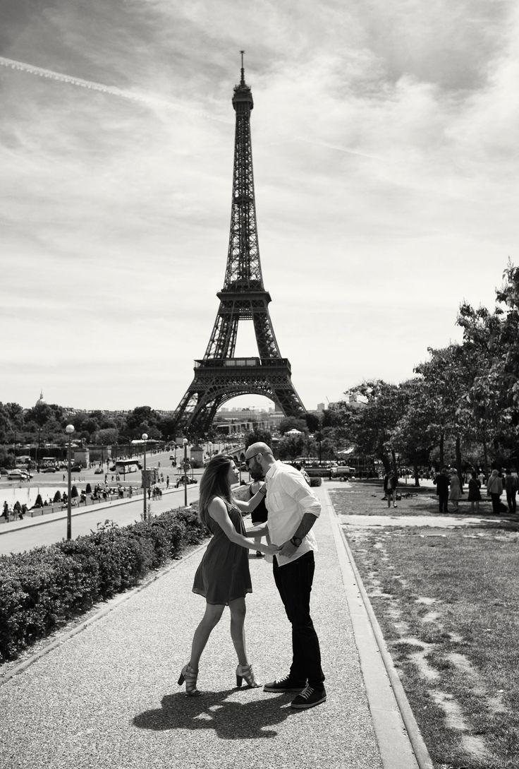 Pre wedding shoot in Paris