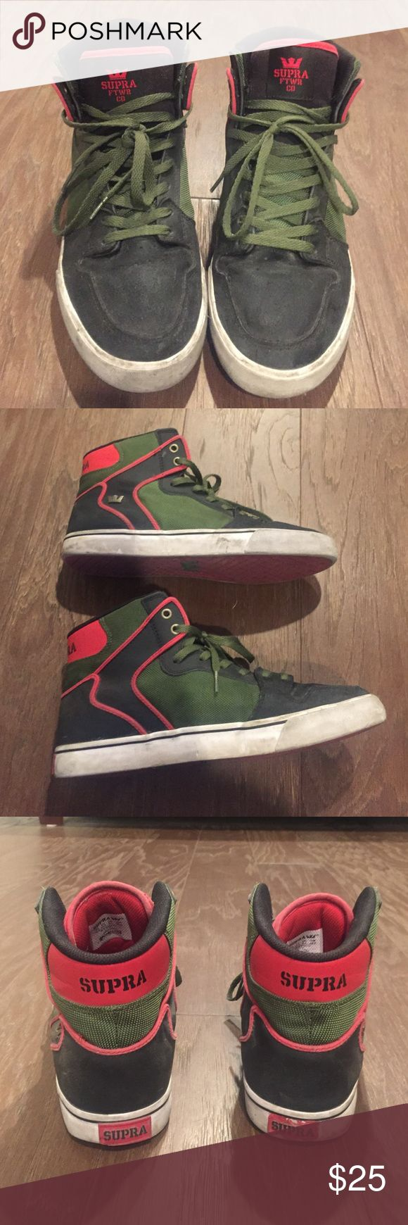 Men's Supra sneakers Men's Supra sneakers in size 10.5. These come in the Gucci colors red, green and black! Light wear and tear, all they need is some clean up. Sorry NO TRADES. Please feel free to make an offer as the price is negotiable! Supra Shoes Sneakers