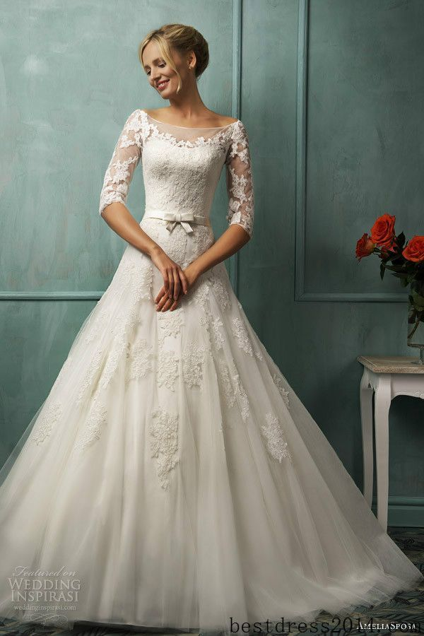 今年のトレンド!『70年代風』ウェディングドレスが可愛い♡白いレースの花嫁衣装・ウェディングドレスのまとめ一覧です♡