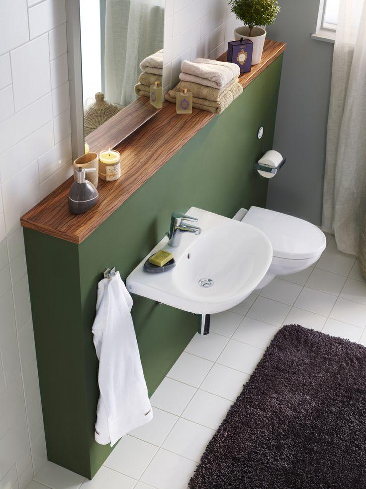 Fixtur Triomont - för tvättställ. Det är snyggt med vägghängda badrumsprodukter samtidigt som det är enklare att städa. | GUSTAVSBERG