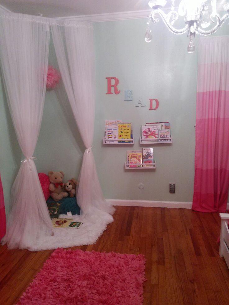 Reading Nook #readingnook #toddlerroom #girl #read #book