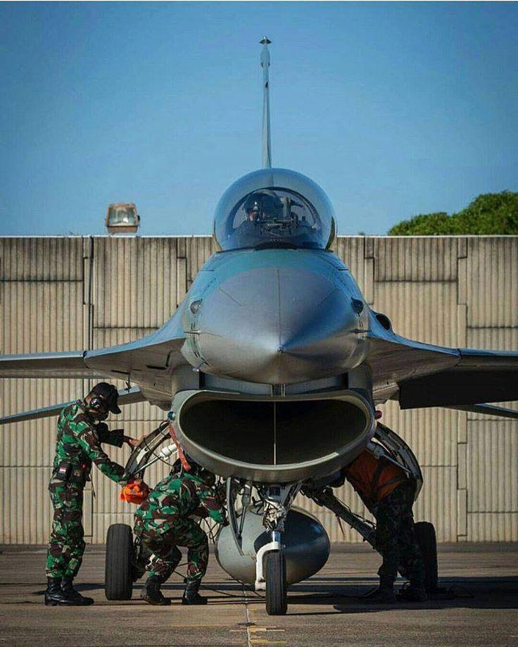 Pesawat F-16 TNI AU di Pitch Black 2016