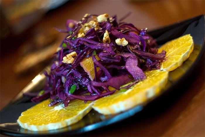 Салат из красной капусты с апельсином. Рецепт приготовления блюда