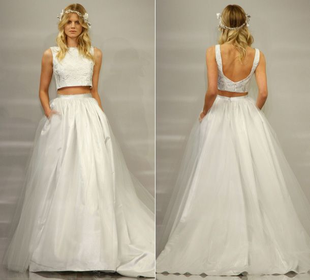 This new wedding dress trend is for every young and fun bride, who loves to look fashionable and wants to surprise her wedding guests. Theia, an haute couture line designed by Don O'Neil, showcased a beautiful crop top wedding dress at New York's Bridal Week this year.