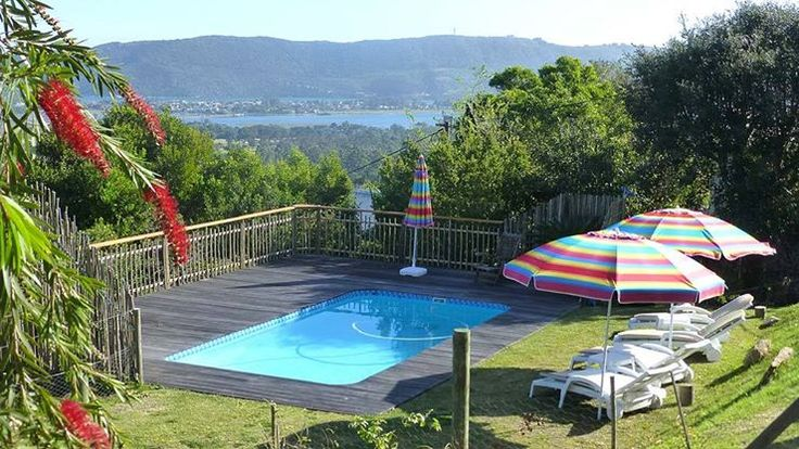 Panorama Lodge is situated on a hilltop between Knysna Town and the Heads and enjoys superb views of the Lagoon and Heads and in the distance the silhouette of the Outeniqua Mountains.