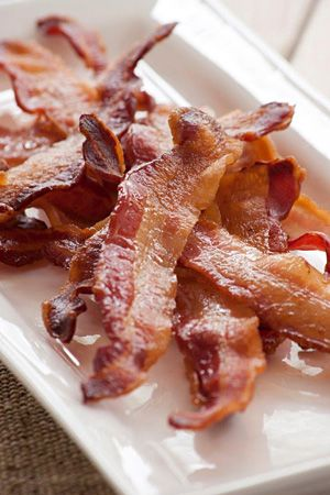 cooking Crispy Bacon for a crowd (Ina Paarman)