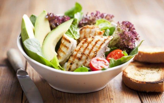 Ricette con avanzi di pollo: tre gustosi piatti da portare in tavola senza sprechi