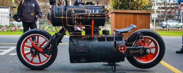Das einzig wahre Steampunk-Motorrad wird von einer Dampfmaschine angetrieben | Motherboard