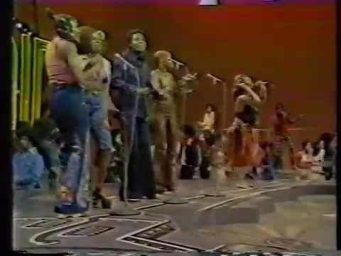 "Yvonne Fair 💣 ""Funky Music Sho Nuff Turns Me On"" [Soul Train September 2..."