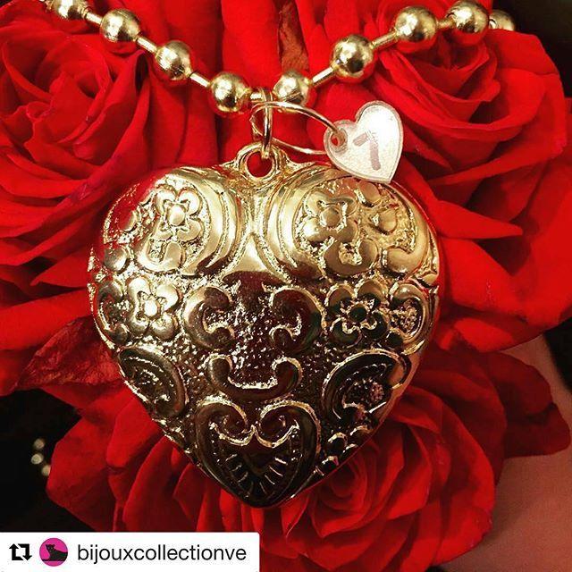 #Repost @bijouxcollectionve with @repostapp ・・・ El amor hace al mundo girar y también hace que se mueva todo un país. Amor es sinónimo de pasión por lo que hacemos, de querer dar lo mejor de nosotros para llevar a este hermoso país hacia adelante, de poner un granito de arena para apoyar lo hecho en casa y muchas cosas más. ¿Qué otras cosas añadirías tú a los sinónimos del amor?  @orfebrar7e #accesorios #dijes #amor #mujer #mujeres #fashion #chic #fancy #trendy #talentovenezolano…