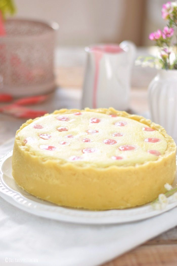 Limetten Rhabarber Pünktchen Cheesecake | Das Knusperstübchen