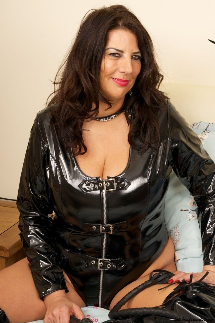 She Is A Hot Older Woman  Matute-5469