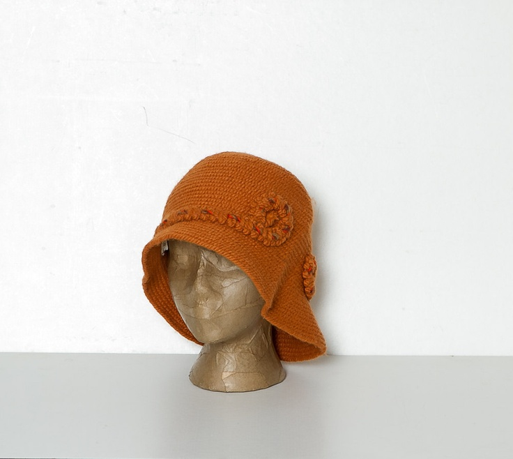 vintage orange knit cloche hat. $18.00, via Etsy. #knitting #clochehat