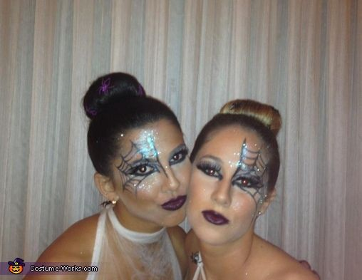 Spider Web Creative Halloween Costume - Photo 2/2