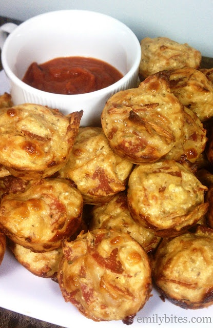 Emily Bites Pepperoni Pizza Mini Puffs. Zomg, these are delicious! Satisfied my pizza craving, and 1 WW pt each! (w/o sauce)