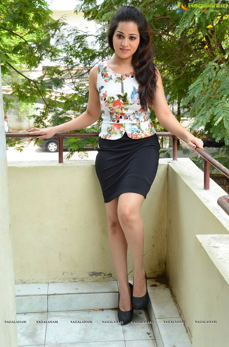 Photos: Reshma Rathore at Jeelakarra Bellam Press Meet - Image 94
