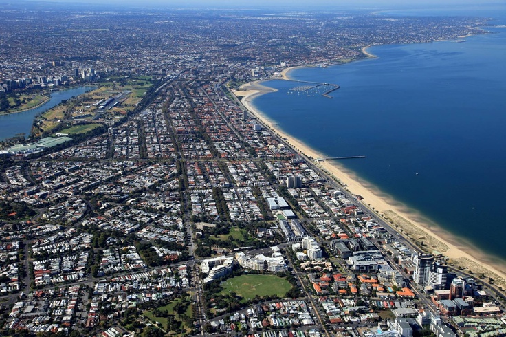 Port Phillip Bay & Southern suburbs, with Albert Park Lake, Home to the Australian Grand Prix. Melbourne