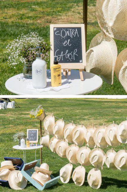 Decoración boda sombreros y crema solar para el sol