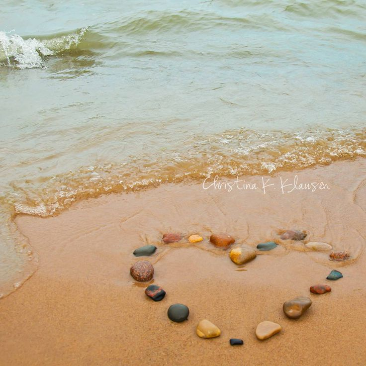 A cool little thing to do at the beach, maybe with seashells?  http://www.etsy.com/shop/pinkfishjewelryshop
